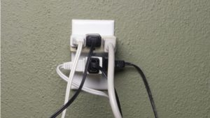 multiple-plugs-into-extension-cord